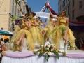 Défilé - Char de la Reine - Fête des Mousselines 2005