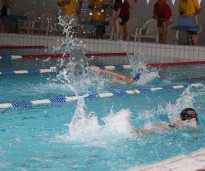 Fête des mousselines 2010 compétition de natation Aquaval (17)
